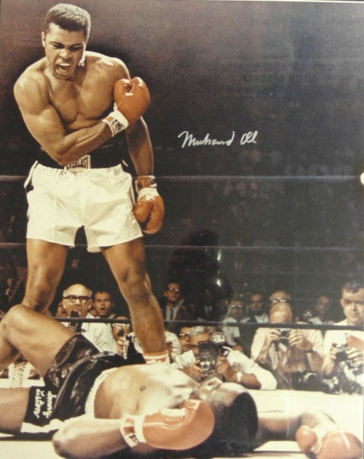 Muhammad Ali showing the world he's the greatest